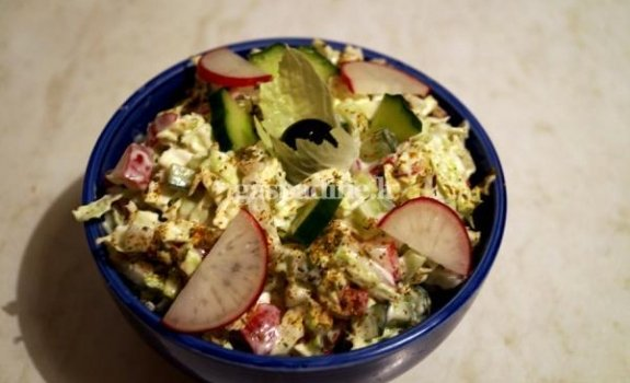 Daržovių salotos su majonezu