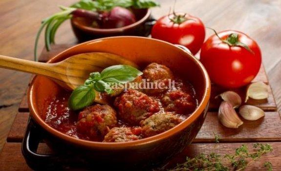 MAMOS kukuliukai su pomidorų padažu