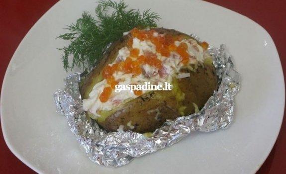 Imperatoriškosios bulvės su lašiša