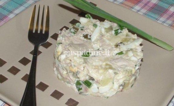 Bulvių ir vištienos mišrainė