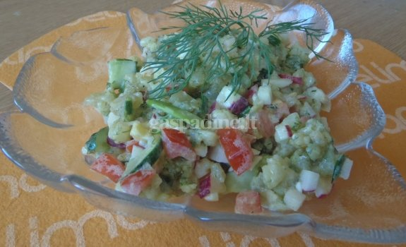 Karštų bulvių salotos