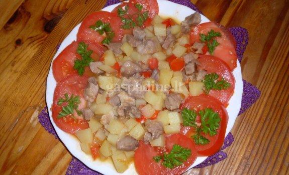 Mėsos troškinys aluje