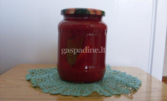Paprikos pomidorų sultyse