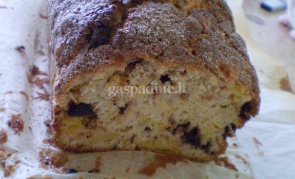 Moliūgo duonelė su šokolado lašeliais