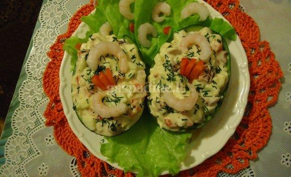 Aštuonkojo salotos su avokadu