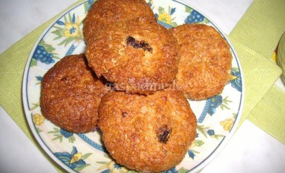 Savos kūrybos avižiniai sausainukai
