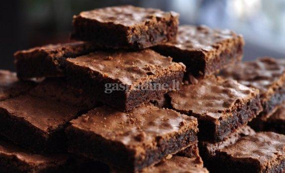 Skaniausias visų laikų šokoladinis pyragas