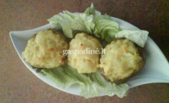 Inesos įdarytos bulvės