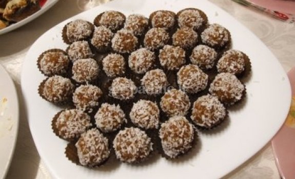 Džiovintų abrikosų saldainiukai