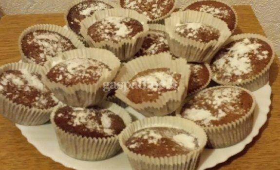 Šokoladiniai cukinijų keksiukai