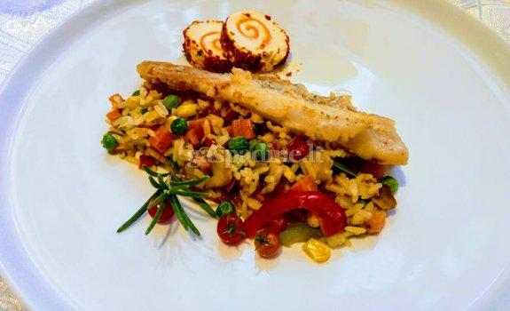 Kepta menkės filė su ryžiais ir daržovėmis