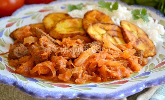 Meksikietiškas mėsos ir kopūstų troškinys