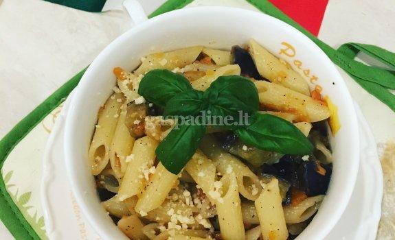 Makaronai su baklažanais ir pomidorais - Pasta alla Norma