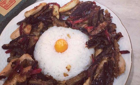 Rytietiška vištiena su baklažanais
