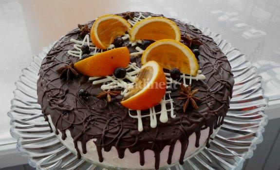 Biskvitinis grietinėlės tortas su apelsinais ir figų džemu