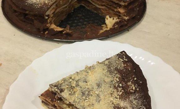 Vokiškas kriaušių pyragas