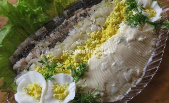 Sikė su kiaušiniais