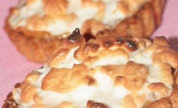 Citrininis morengų pyragas