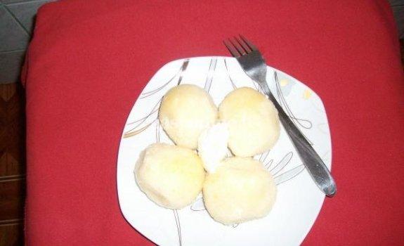 Bulvių kukuliai su varške