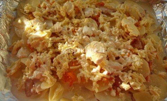 Vištienos ir bulvių apkepas