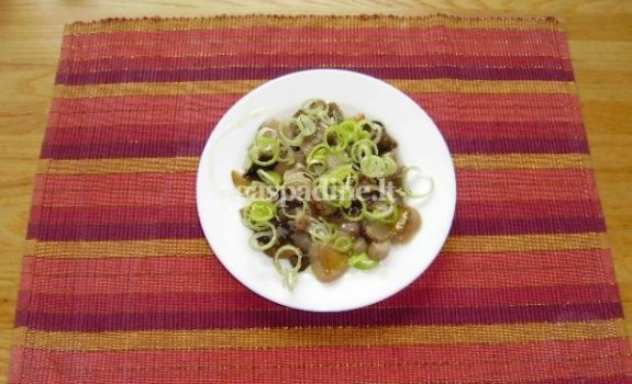Baravykų salotos