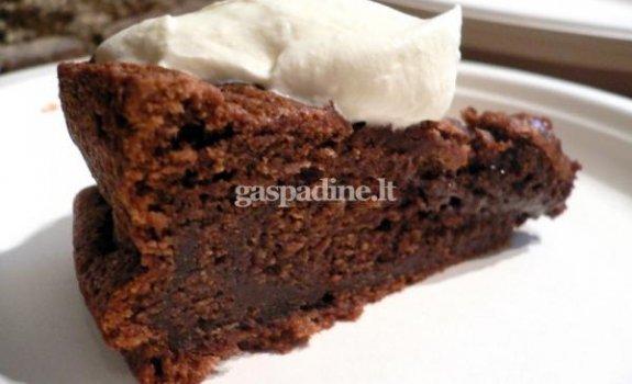 """Šokoladinis pyragas """"Geismas"""""""