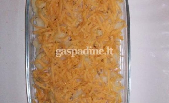 Bulvių apkepas su dešra
