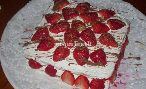 Renatos vaisinis tortas