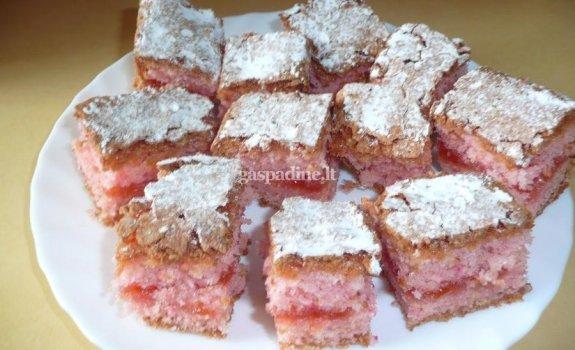 Rožinis pyragas