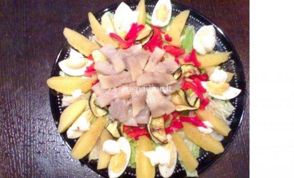 Sočiosios silkės salotos arba žvejo vakarienė