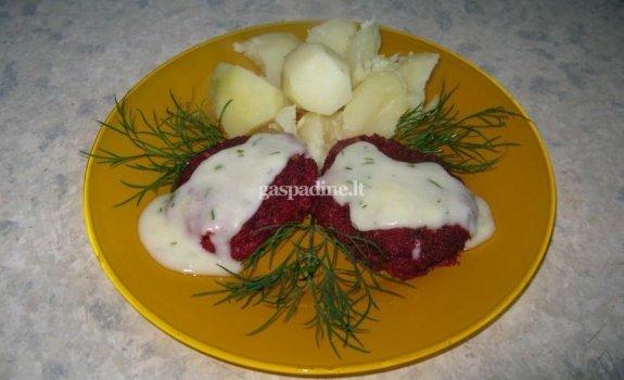Burokėlių kotletai su salierų padažu Kūčių vakarienei