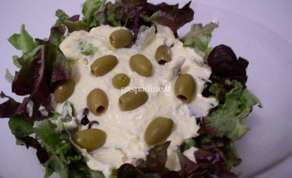 """""""Žaliosios"""" kalmarų salotos"""