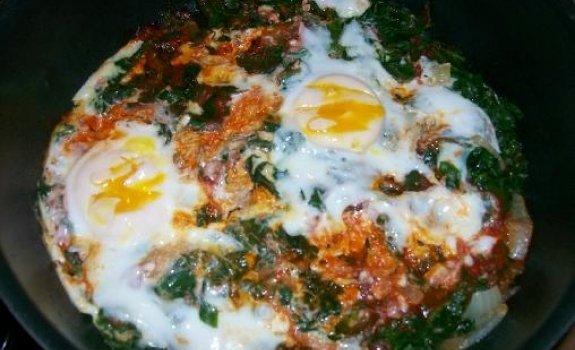Kiaušinienė turkiškai
