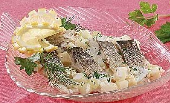 Žuvies troškinys su salierais