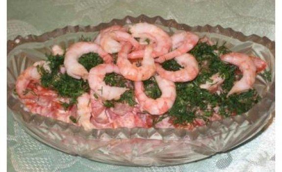 Pomidorų salotos su krevetėmis