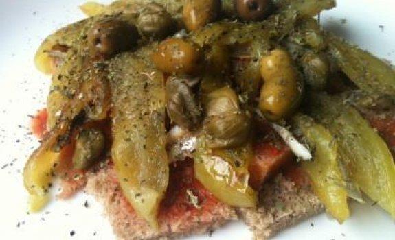 "Toskanietiškos salotos ""Pancanella"""