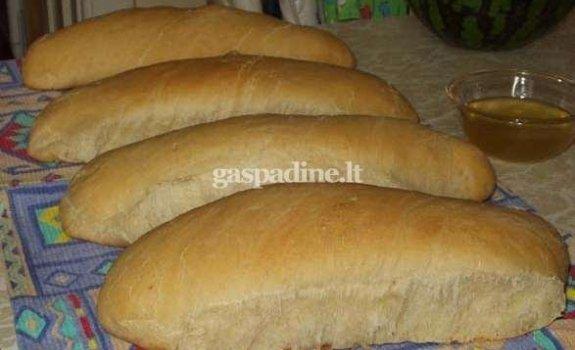 Naminė balta duona