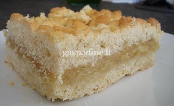 Trupininis pyragas su obuolių įdaru