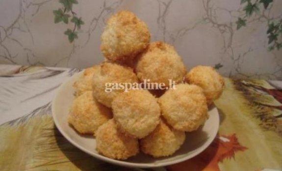 Kokosiniai sausainiukai