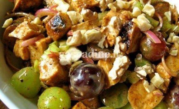 Paprastos vištienos salotos