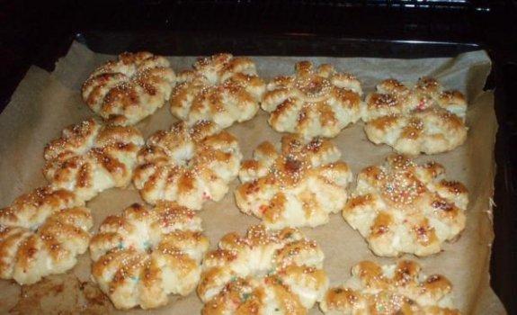 Sausainiai su ananasais