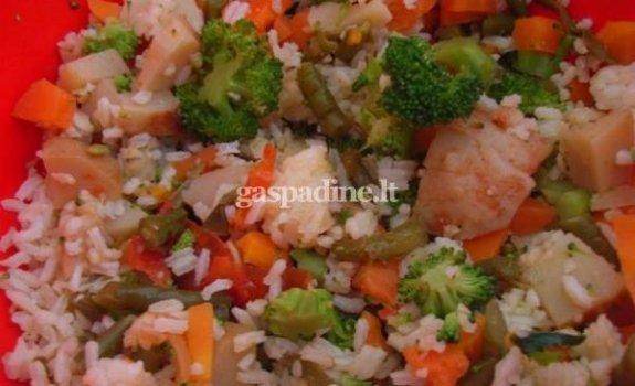 Argentinietiškos ryžių ir daržovių salotos