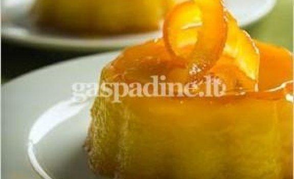 Šaltas apelsininis desertas