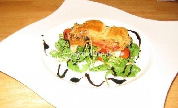 Daržovių ir varškės sūrio štrudelis