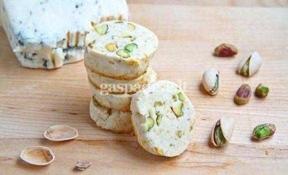 Gorgonzola sūrio ir pistacijų sausainėliai