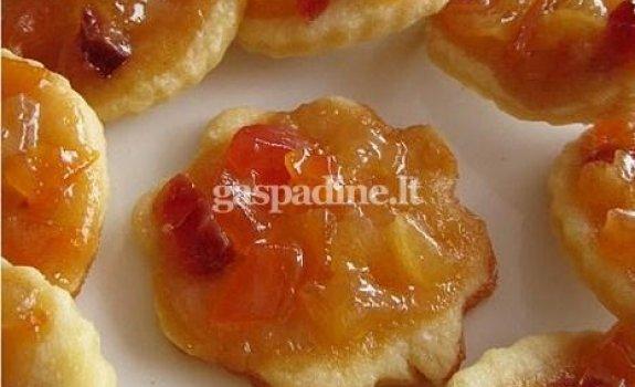 Sausainiukai su džiovintais vaisiais