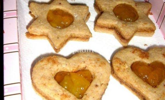 Sausainiukai su abrikosų džemu