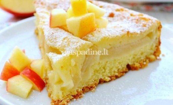 Dviejų sluoksnių obuolių pyragas