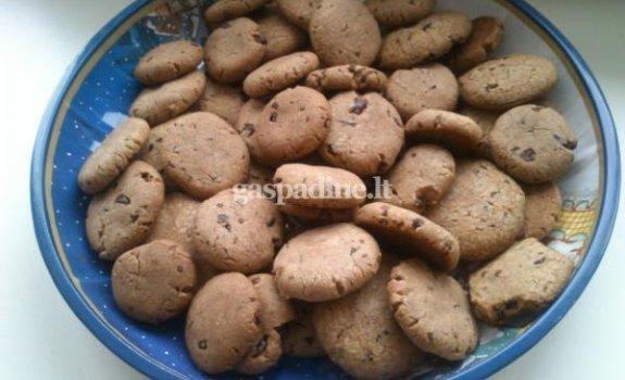Sausainukai su šokoladu
