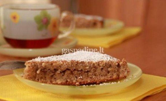 Julijos velykinis pyragas